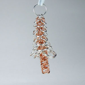 Step 22 Holiday Tree Earring